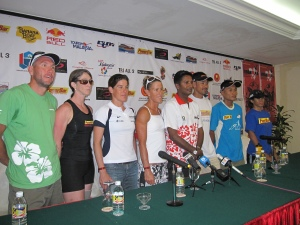 Me at the far end. Can u see me? Powerbar Ironman press conferece. Seen here are Powerbar sponsored athletes including Ironman world champs ! Belinda Granger; 4th from left.Malaysia Powerbar triathletes; Hafidz Wong, Heidilee Mohammad and Nor Juliana Ali