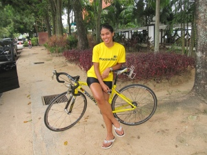 post ride pose ! hahah... thanks Adni ! I of my gila hours of training.... 2.30pm ...krazee ! I missed Langkawi alrite !!!