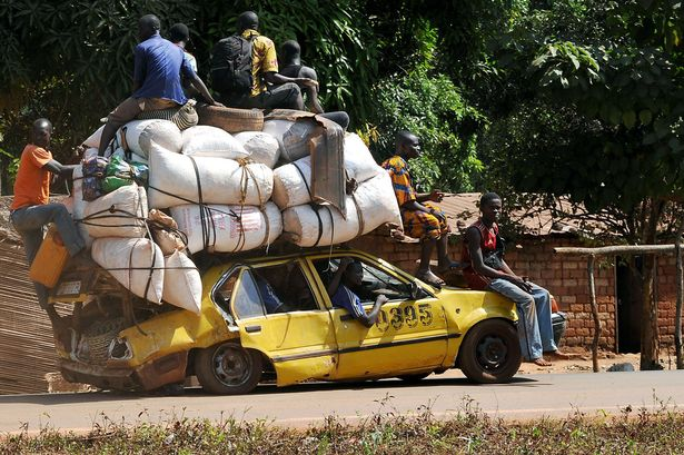 Overloaded ! Photo from amazingstoriesaroundtheworld.blogspot.com